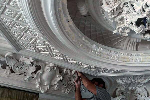 گچبری های کلاسیک - گچبری سقف